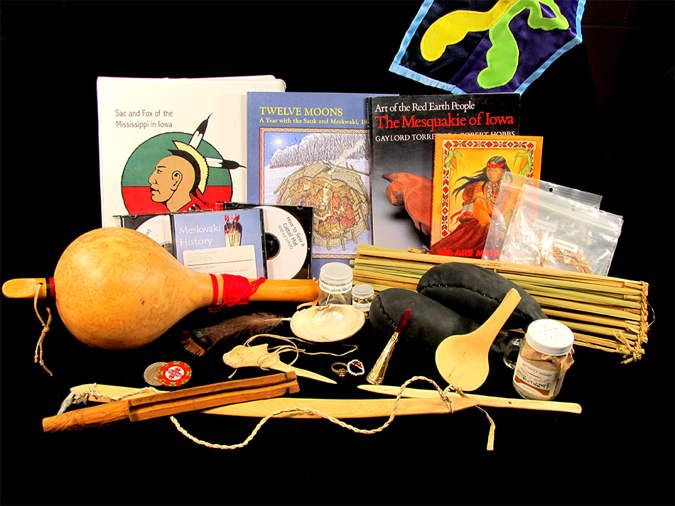 Overview of Meskwaki Trunk Contents